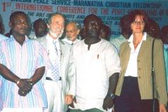 În Ghana la Prima Conferință Internațională pentru Pace și Bunăstare (2003)